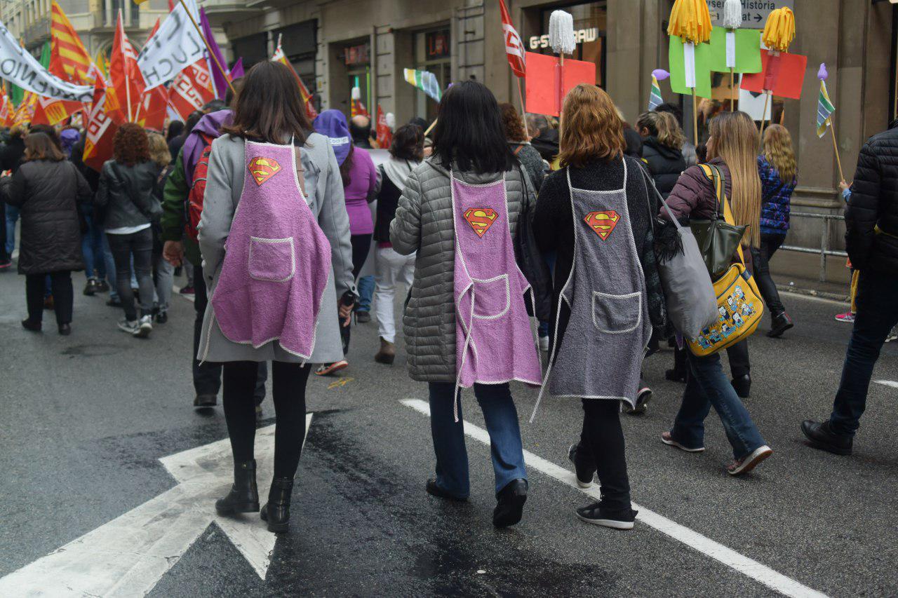 Els clams per la igualtat i contra la bretxa salarial omplen el centre de Barcelona