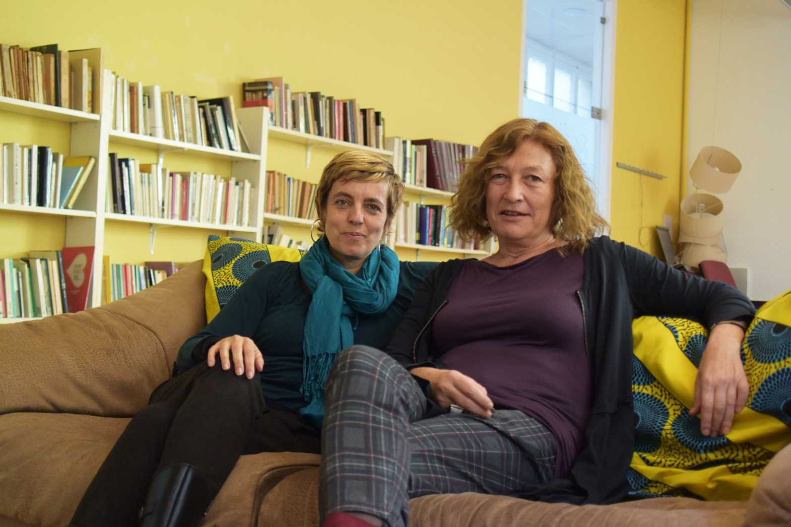 Júlia Vega i Isabel Muntané, socies de la cooperativa feminista Almena foto Tomeu Ferre