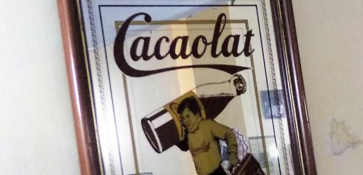 La tradicional mascota de Cacaolat decora fins i tot domicilis foto: Tomeu Ferrer