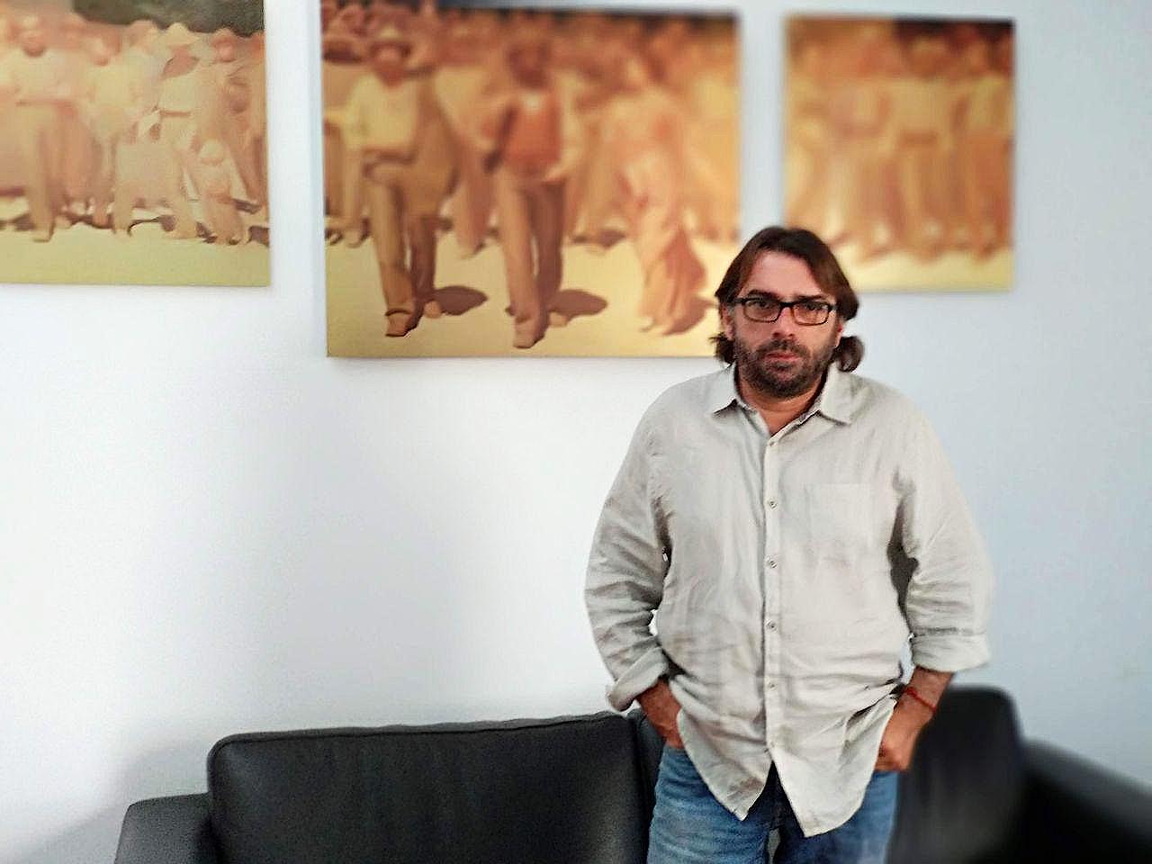Camil Ros, secretari general de la UGT de Catalunya al seu despatx foto: Tomeu Ferrer